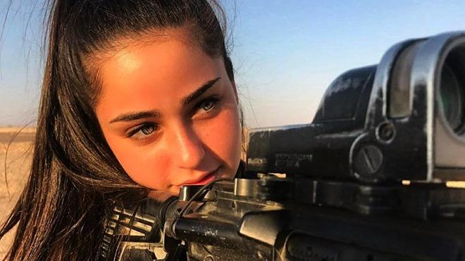 30 первоклассных фото солдаток Израиля