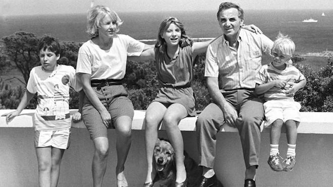Рассказ о подвиге Шарля Азнавура и его семьи
